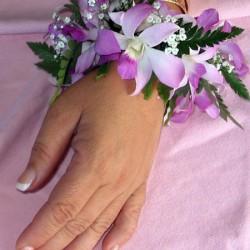 Hawaiian.orchid.wristlet