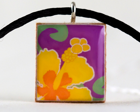 Hawaiian.hibiscus.yellow.necklace