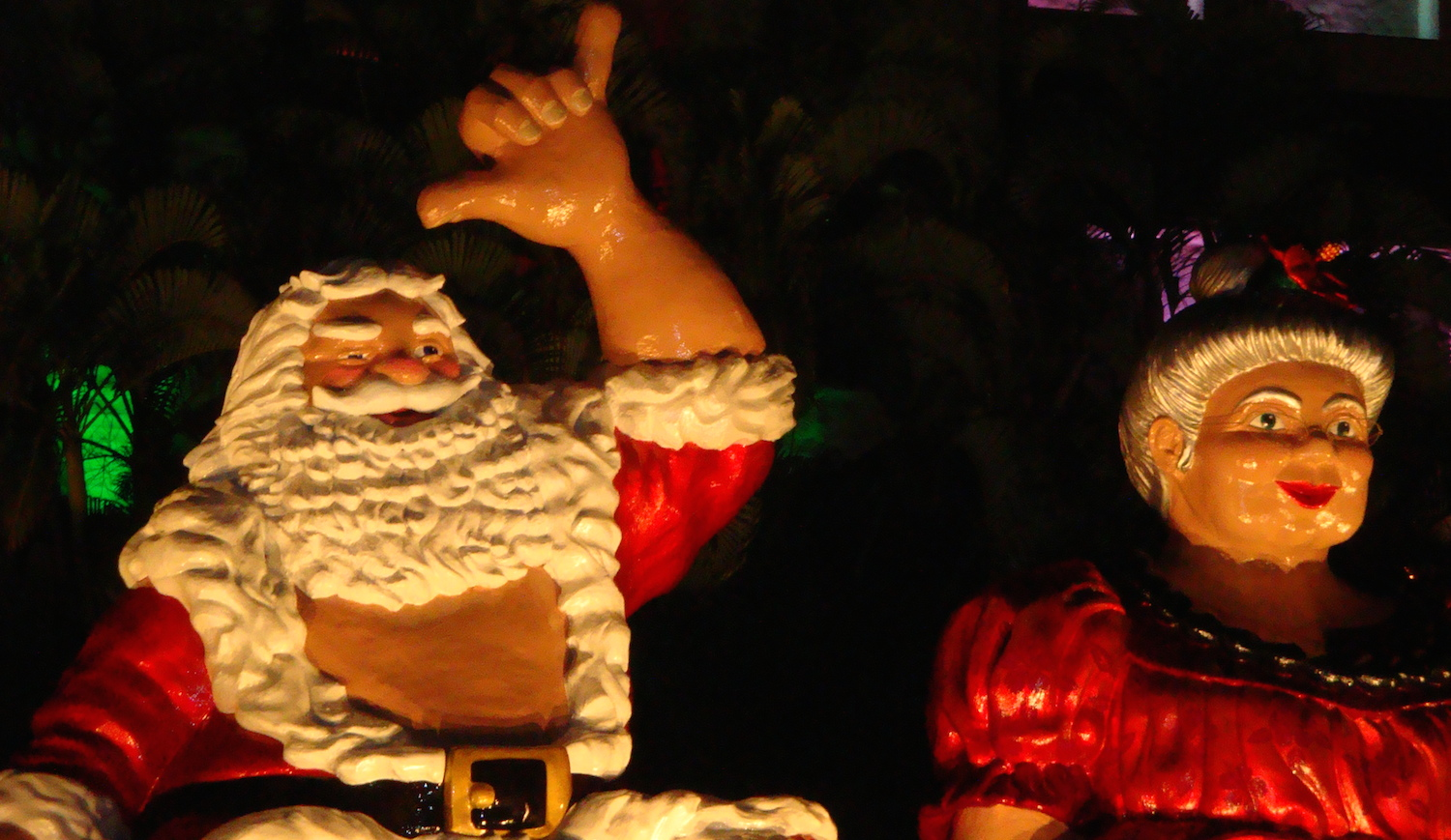 Shaka Santa and Tutu - Honolulu City LIghts